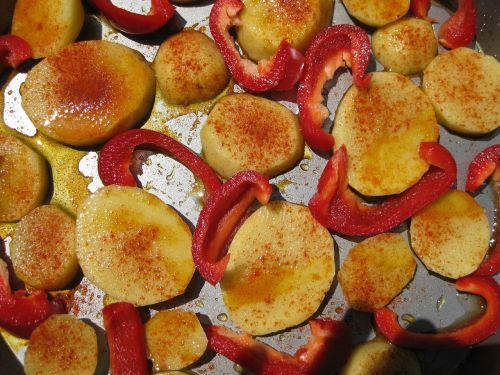 potatoes paprika eat