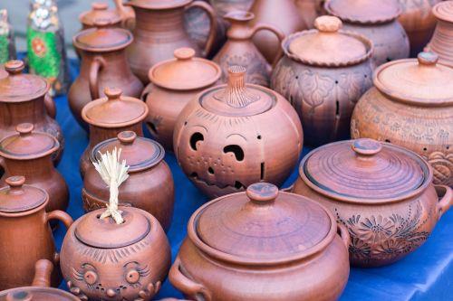 pots ceramics souvenirs