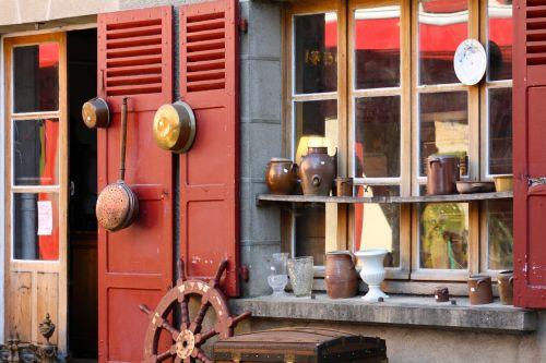 puodai,keptuvės,vario keptuvės,derliaus puodai,antikvariatas,seni virtuvės reikmenys