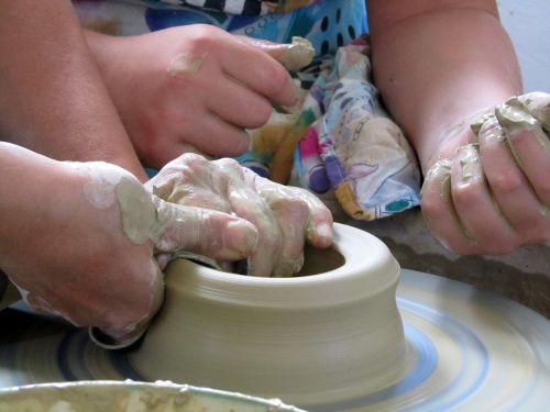 pottery kitchen utensils potter's wheel