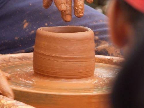 pottery artisan terracotta