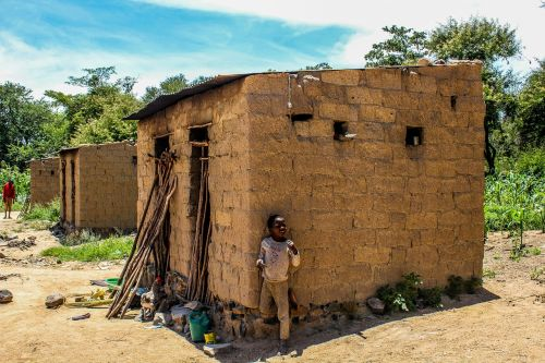 poverty mozambique poor