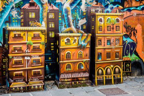 power boxes graffiti milan