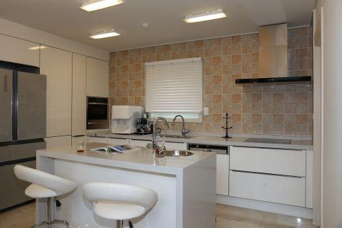 power house kitchen isle radford dinnerware