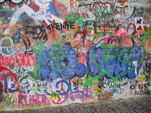 prague graffiti john lennon