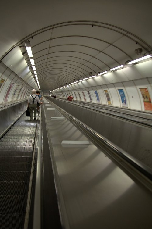 prague  metro  escalator