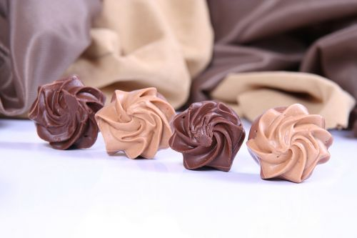 praline chocolate caramel