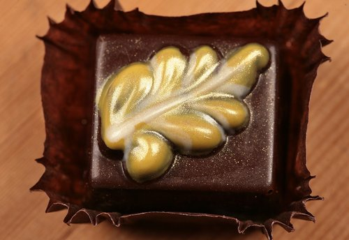 praline  chocolates  candy