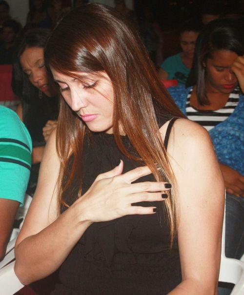 prayer praying concentration