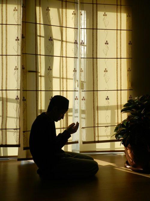 prayer muslim silhouette