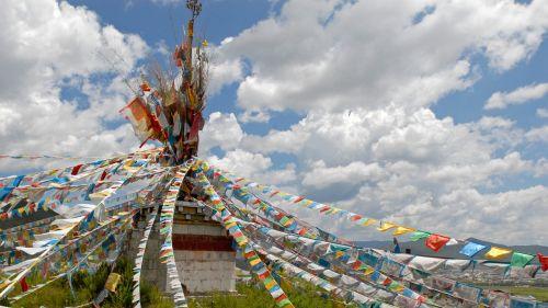 prayer flags tibet landscape