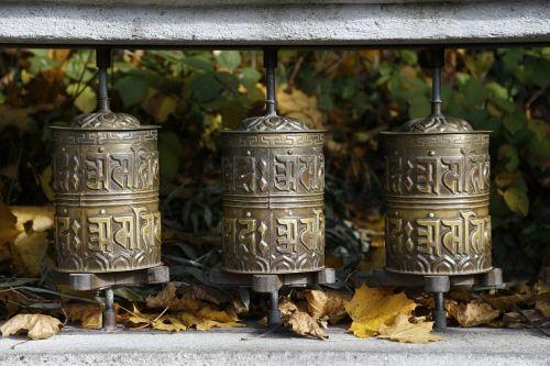 prayer wheels nepal turn