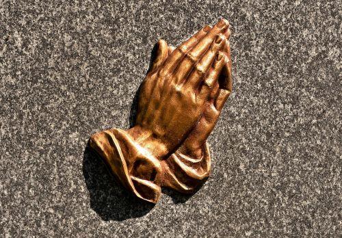 praying hands religious brass