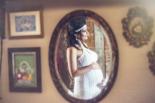 pregnant woman pregnant pregnancy