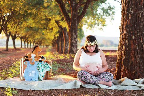 pregnant woman mother essay