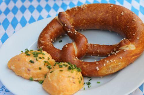 pretzel bavaria obatzda