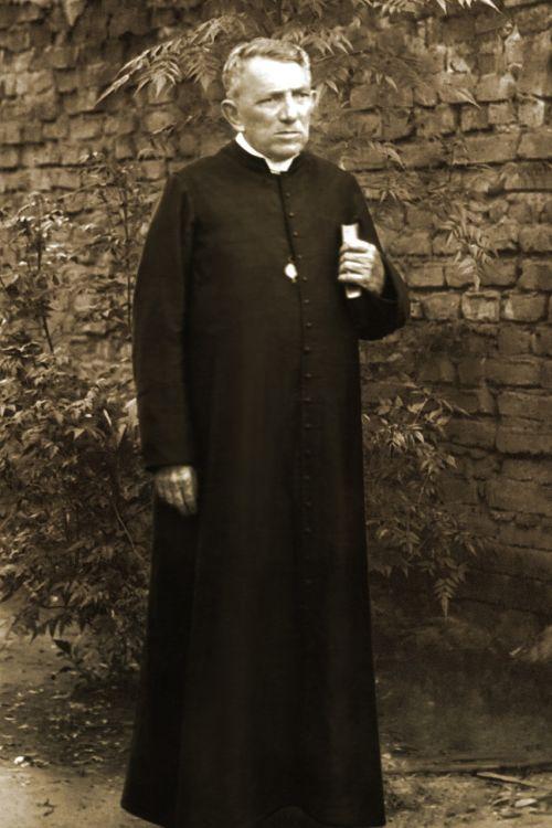 priest cicero romão
