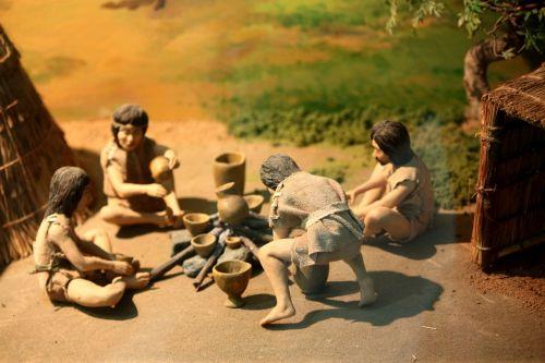 primitive man the ancients statue