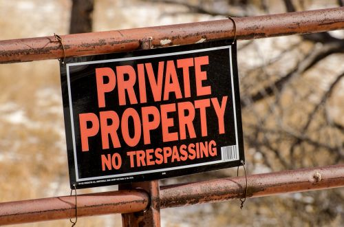 private property sign gate
