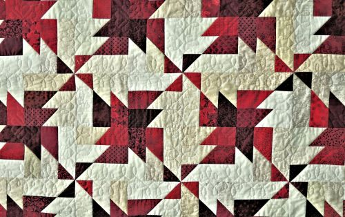 prize winning quilt triangle design fabric