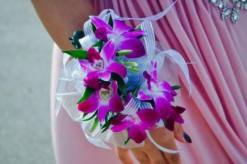 prom flowers female