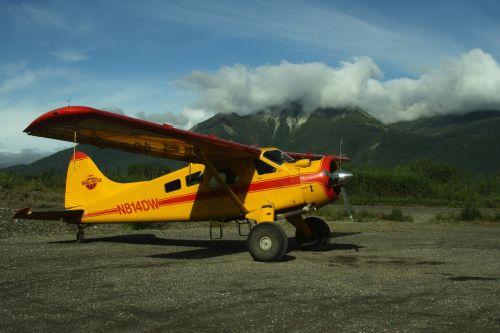 propeller plane airplane