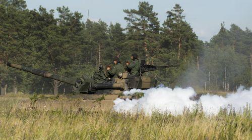 pt-91 main battle tank hard
