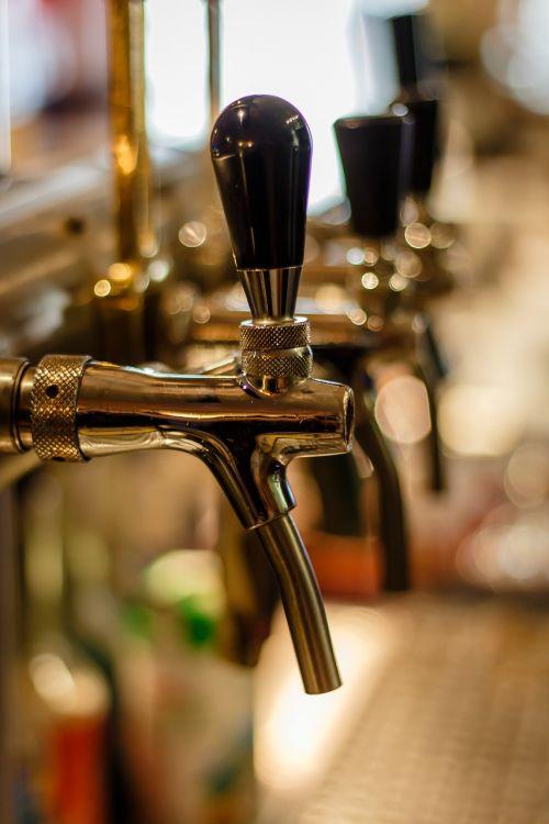 pub beer tavern