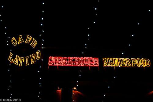 pub street siem reap café