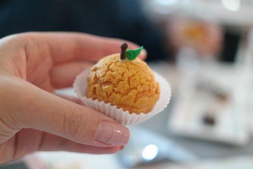 puff yuzu cream puffs dessert