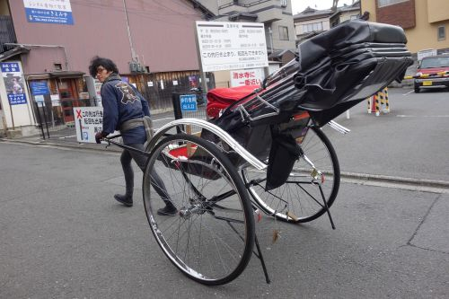 pull carts rickshaw kiyomizu
