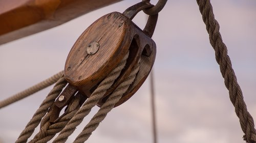 pulley  block  equipment