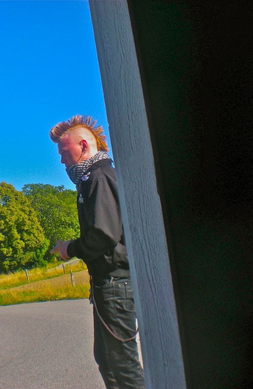 punk hair haircut bus shelter