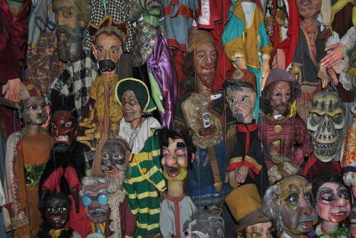puppets guignol former