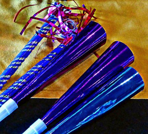 Purple Party Horns