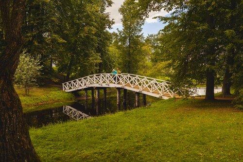 pushkinskiye gory  bridge  showplace