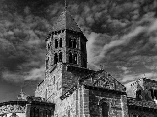 puy-de-dome church building