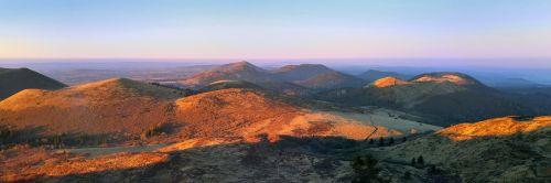 puy-de-dome auvergne mountain