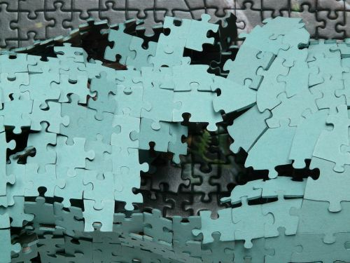 puzzle play pieces of the puzzle