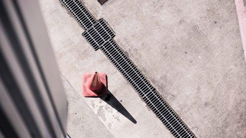 pylon concrete drain