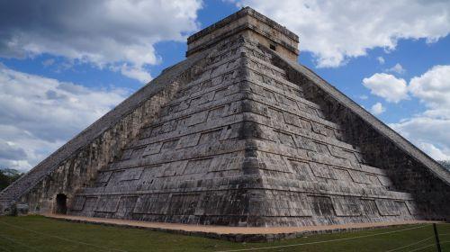 pyramid kukulcan chichén itzá