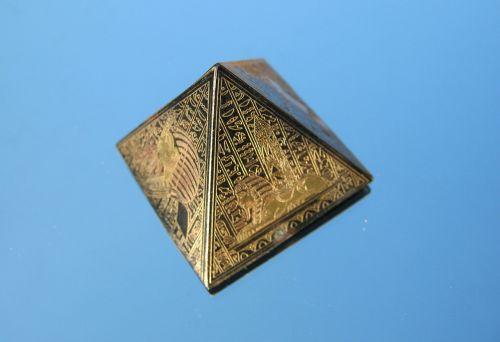 pyramid model egyptian
