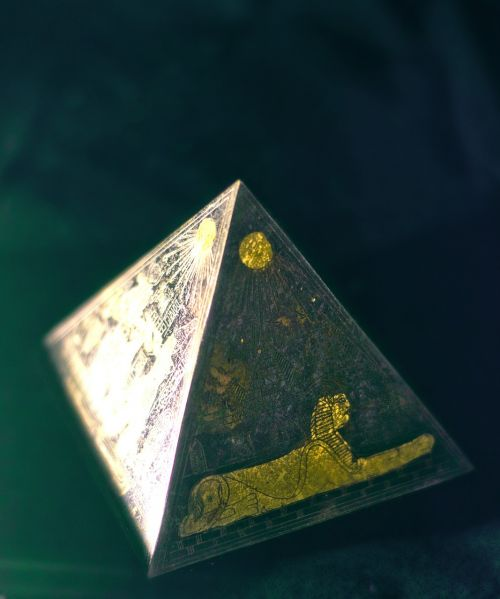 pyramid egyptian mysterious