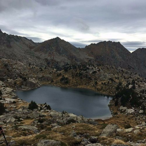 pyrenees lake landscapes