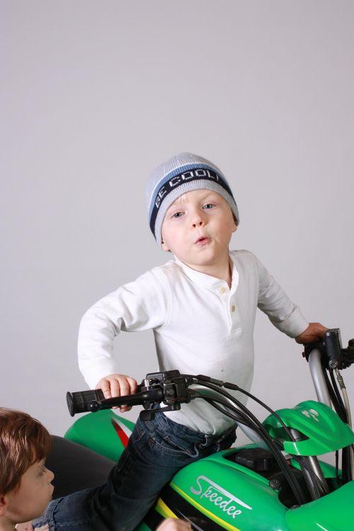 quad green kid