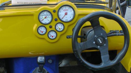 Quantum Sports Car Steering Wheel
