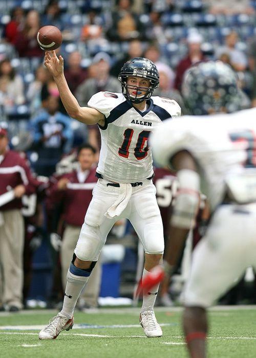 quarterback american football passing