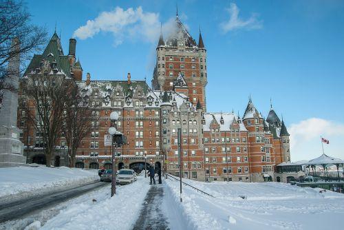 québec château frontenac winter