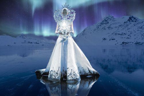 queen ice northern lights