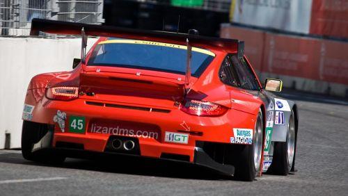 race car porsche 911